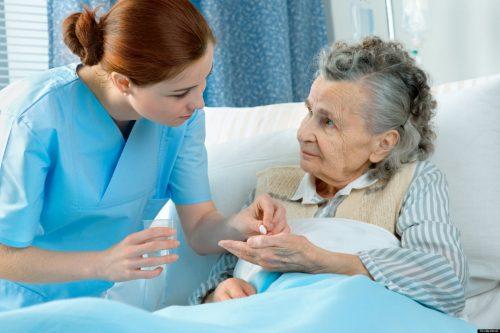 Người điều dưỡng không chỉ giỏi chuyên môn mà còn giàu y đức