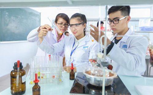 Cao đẳng Y Dược Đồng Nai tuyển sinh Cao đẳng Xét nghiệm năm 2018