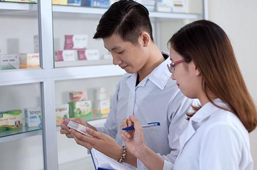 Văn bằng 2 ngành Dược là khởi đầu cho một tương lai sáng giá